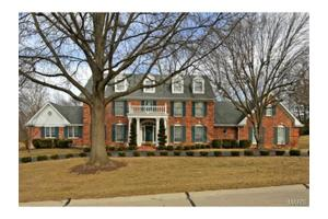 1056 Wellington Ter, Town And Country, MO 63017