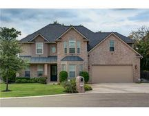 2414 Stone Castle Cir, College Station, TX 77845