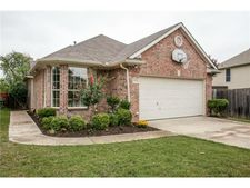 6954 Teal Dr, Fort Worth, TX 76137