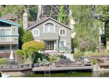 403 Riverview Ave, Capitola, CA 95010
