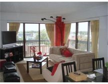 15 N Beacon Unit 402, Boston, MA 02134