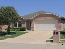8320 Horse Whisper Ln, Fort Worth, TX 76131