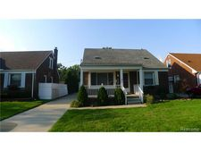 25630 Orchard Dr, Dearborn Heights, MI 48125