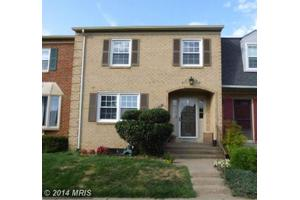 4513 Windsor Arms Ct, Annandale, VA 22003