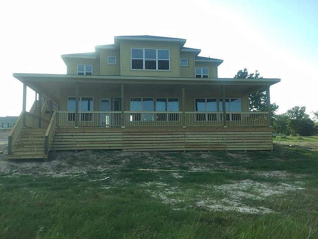 305 peninsula dr livingston tx 77351 for Home builders in livingston tx