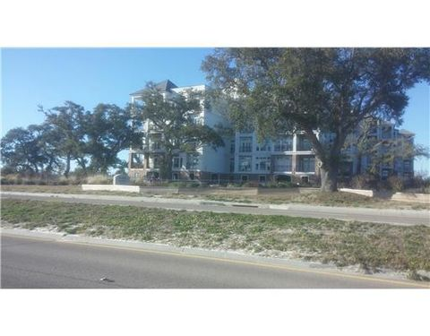 1100 W Beach Blvd, Pass Christian, MS 39571