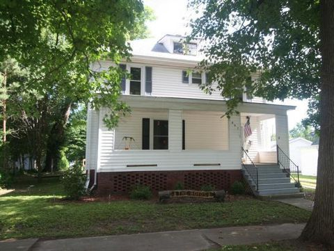 807 W North 1st St, Shelbyville, IL 62565