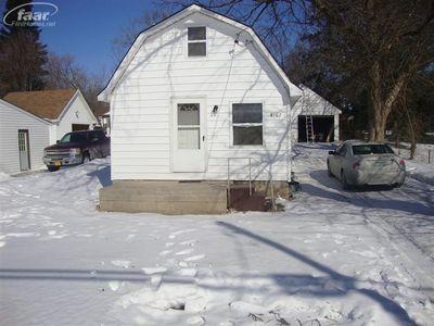 8167 E Coldwater Rd, Davison, MI