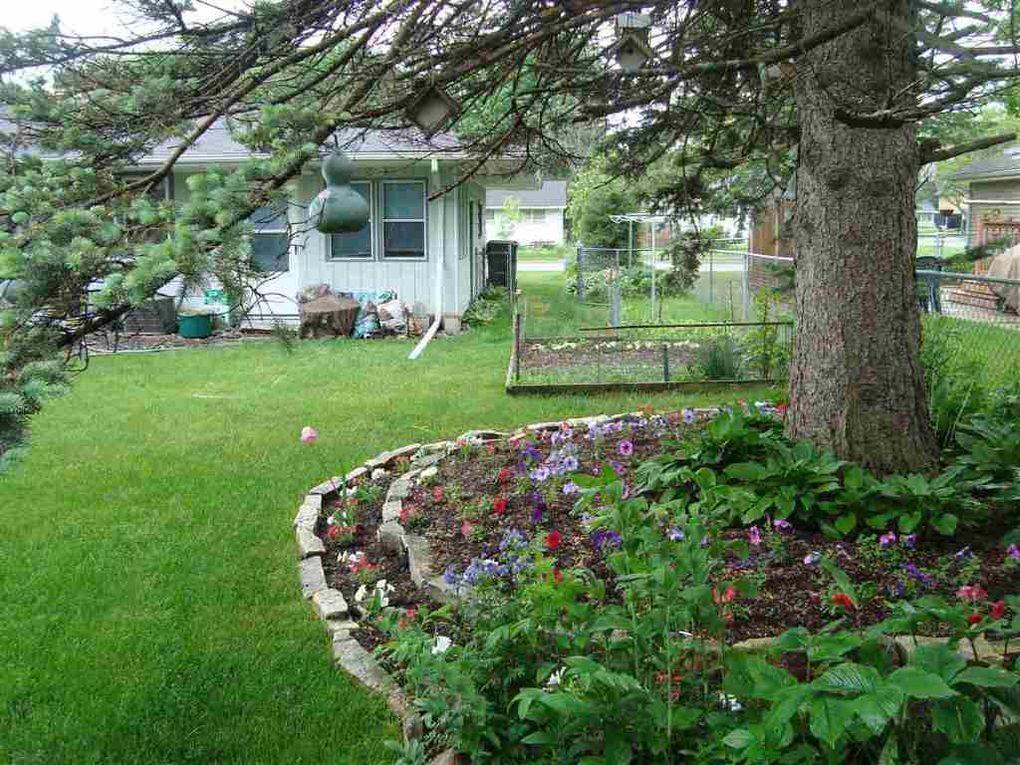310 E Kohler St, Sun Prairie, WI 53590 - realtor.com®