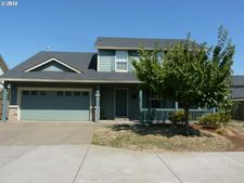 4868 Whitewater St Ne, Salem, OR 97305