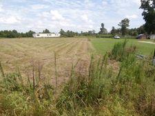 Cobb Rd, Kinston, NC 28501