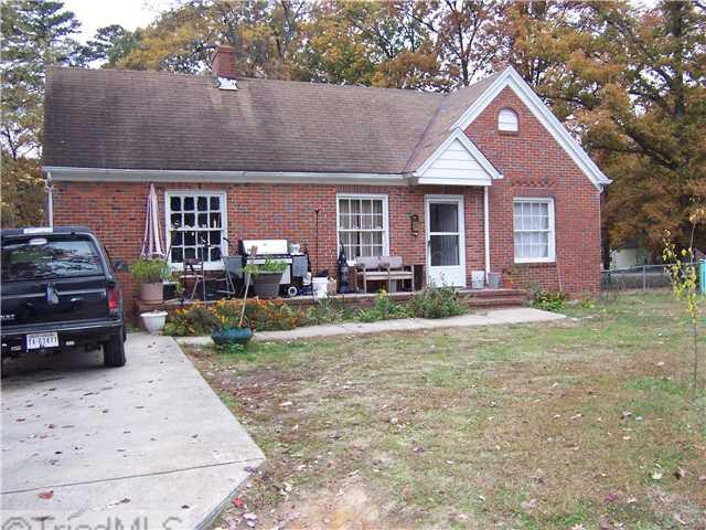 1504 Lovett St, Greensboro, NC 27403