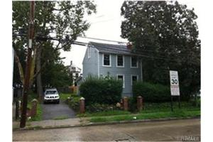 235 S 11th Ave, Mount Vernon, NY 10550