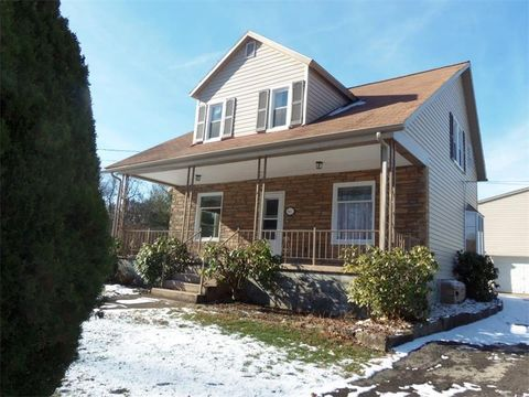 101 Woodlawn Rd, Township of But Southwest, PA 16001