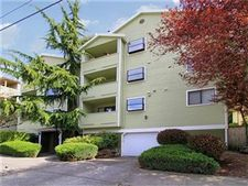 8816 Nesbit Ave N Apt 303, Seattle, WA 98103