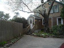 17 Wilbur Hill Rd, RI 02812