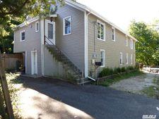88 N Woodhull Rd, Huntington, NY 11743