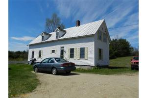 40 Hooper Ledge Rd, Paris, ME 04281