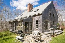 15 Hewing Fld, Chilmark, MA 02535
