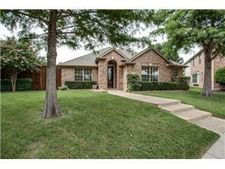 6221 Apache Dr, The Colony, TX 75056