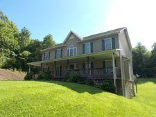 581 Oak Knoll Dr, Hillsville, VA 24343