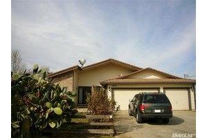 1443 Apricot Ave, Patterson, CA 95363