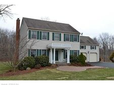 8 Rosick Rd, Wallingford, CT 06492
