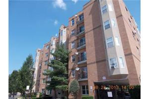 700 Maple Ave # 208, Hartford, CT 06114