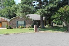 607 Woodhaven St, White Oak, TX 75693