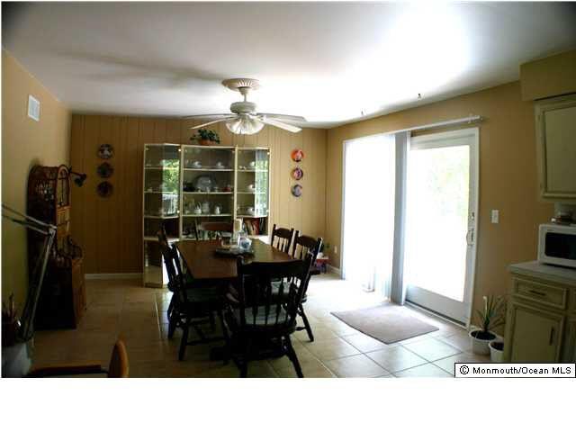 406 S Laurel Ave Middletown Nj 07748 Realtor Com 174