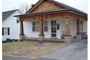 616 N Main St, Harrodsburg, KY 40330