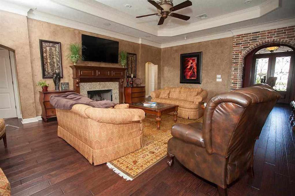 6385 ellington ln beaumont tx 77706 for Q furniture beaumont texas