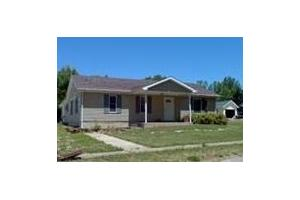 105 E Kendall St, Lafontaine, IN 46940