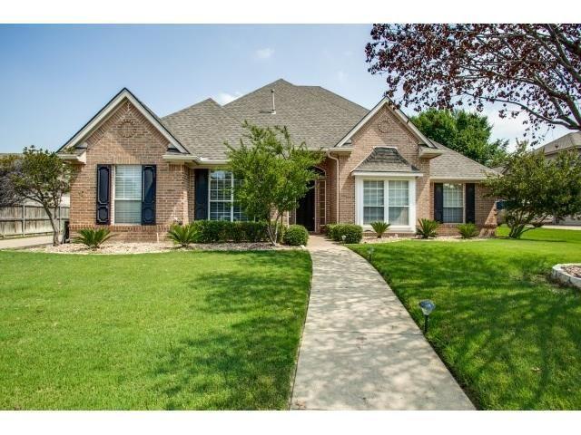 7913 Brandon Ct, North Richland Hills, TX 76182