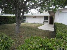 27416 Dewdrop Ave, Canyon Country, CA 91351