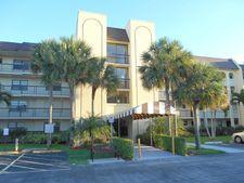 150 Lake Nancy Ln Apt 217, West Palm Beach, FL 33411