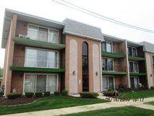 4003 W 105th St Apt 2, Oak Lawn, IL 60453