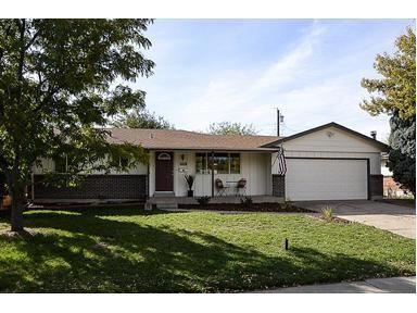 8526 W Utah Ave, Lakewood, CO