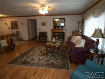 703 Deschepper St Marshall Mn 56258