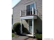 14 Arrowhead Way S, Perinton, NY 14450