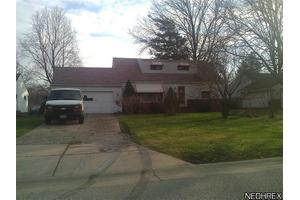 443 Cary Jay Blvd, Richmond Heights, OH 44143
