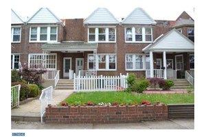 3004 Fanshawe St, Philadelphia, PA 19149