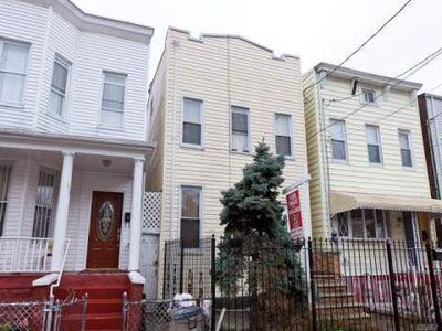 112 Ridgewood Ave, Brooklyn, NY