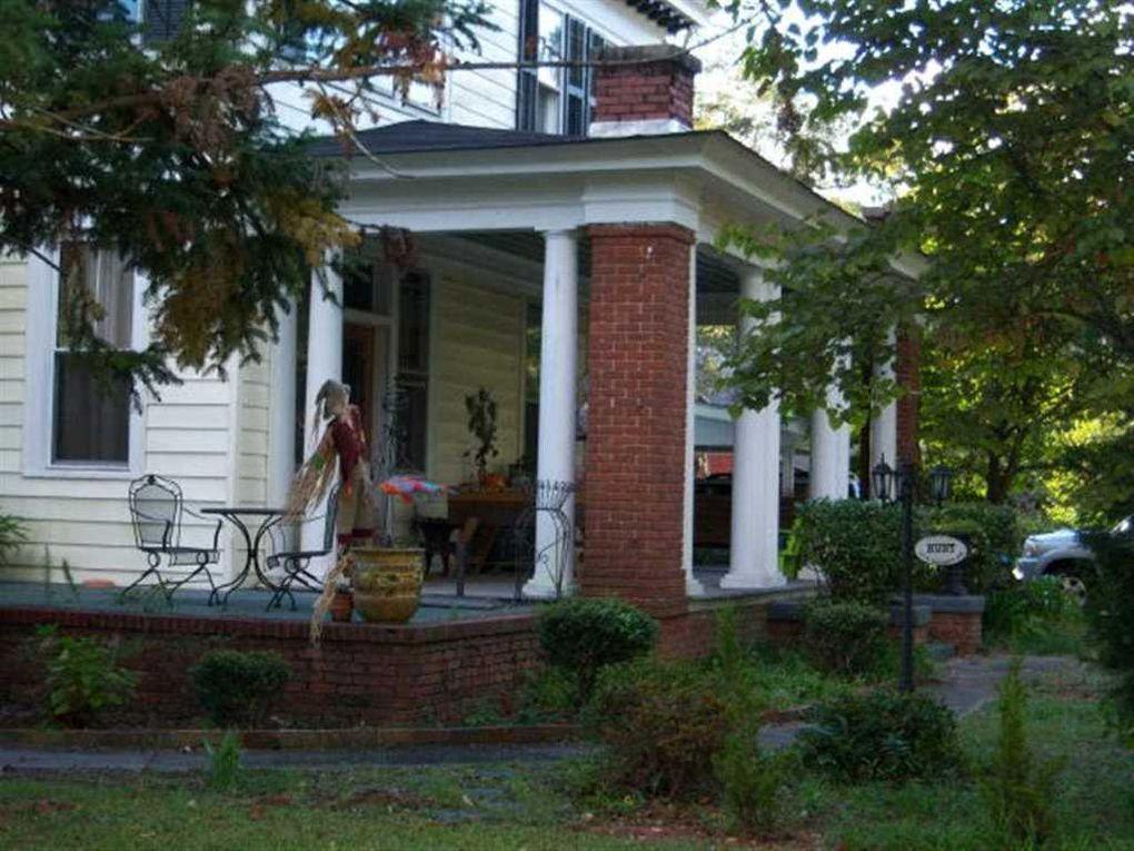 203 N Darlington Ave, Lamar, SC 29069 - realtor.com®