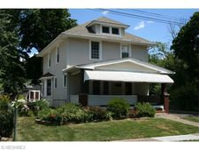 10 Phillips Ct, Elyria, OH 44035