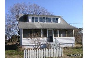 323 Behringer Ave, Milton, DE 19968