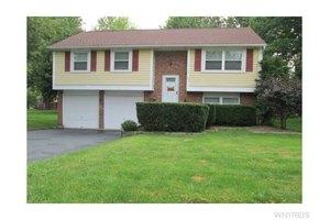 873 Robin Rd, Amherst, NY 14228