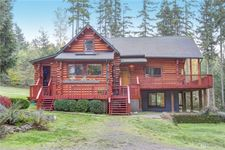 17104 242nd Ave Se, Maple Valley, WA 98038