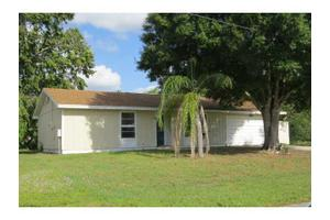 618 NW Cardinal Dr, Port St Lucie, FL 34983