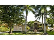 5810 Harborage Dr, Fort Myers, FL 33908